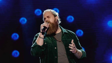 Chris Kläfford sjunger Heaven i Idol 2017