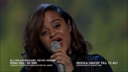"""Seinabo Sey sjunger  """"Younger"""""""