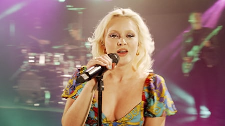 Zara Larsson - Uncover (Late Night Concert) TV4
