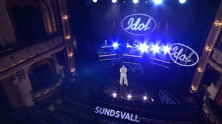 Se Felicia Fagerhov sjunga A Natural Woman av Aretha Franklin i slutaudition -Idol 2020.